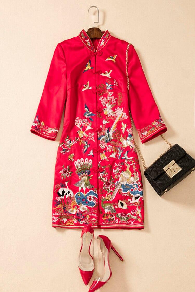 Gaine Style Meilleur Automne Robe Col Qualité Printemps Broderie Date Animal Mandarin La amp; Femmes 2017 Chinois Poupée Vintage RUq1Hq
