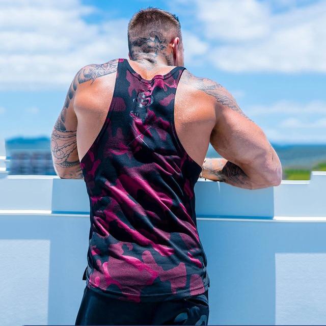 Nouveaux hommes Camouflage réservoir hauts sans manches chemise gymnases Fitness musculation Singlet fronde gilet mâle été décontracté vêtements de mode
