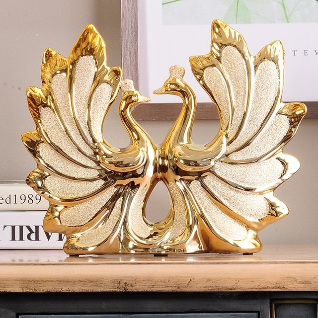 Europe Luxury Home Decor Living Room Gilded Peacock Couple Wedding Gift  Ornaments Home Sculpture Decoration Accessories