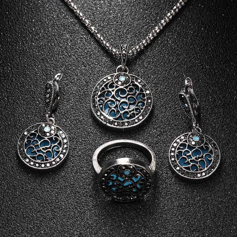 3Pcs/Sets Necklace Earrings Ring Jewelry Set Vintage Antique Silver Plated Round Pendant Red Resin Black Rhinestone Jewelry Sets