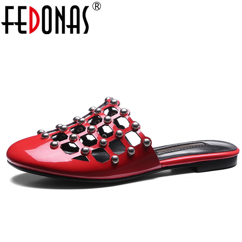 FEDONAS 2018 Fashion Sandals Women Summer Low Heel Rivets Cofort Slippers New Black Red Sexy Shoes Woman Female Sandals Women 7 inch high heel sandals fashion women dress sexy shoes gossip girl like gorgeous rivets slippers platform dance shoes black