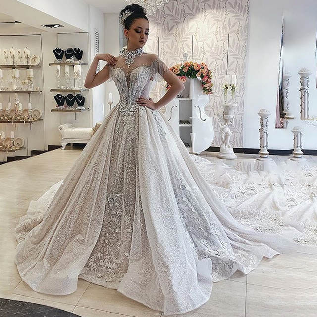 Luxurious Dubai Arabic Wedding Dress 2019 High Neck Short Sleeve