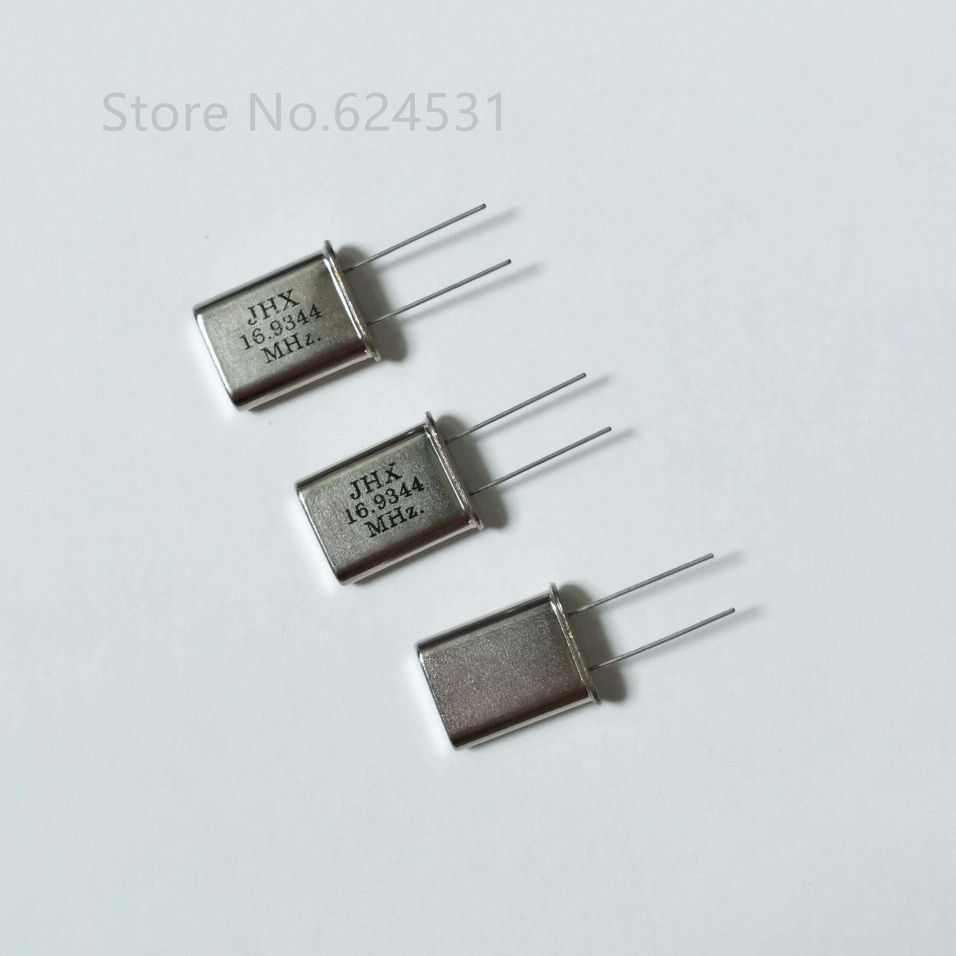 10pcs 13.56MHz Resonator Crystal Oscillator Passive Quartz HC-49S Through Holes
