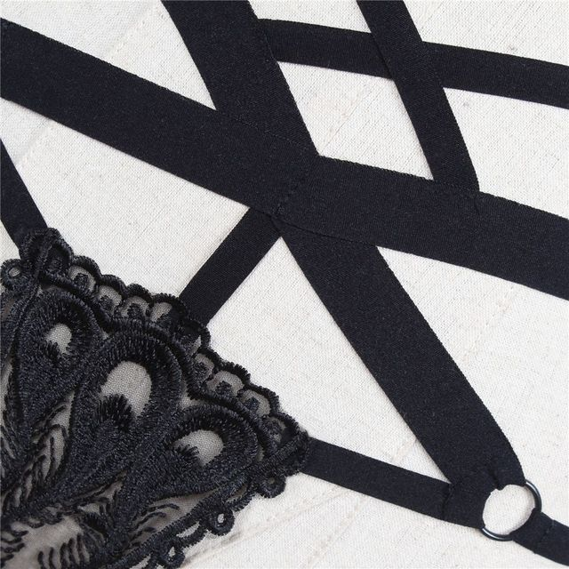 2da8f50f8f3c 1PC Fashion Women Sexy Lace Bandage Hollow Panties Transparent G-string  Thongs Elastic Straps Underwear
