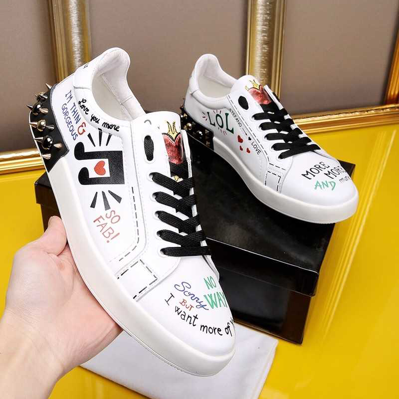 Здесь продается  Hanbaidi Fashion Rivets Studs Graffiti Mens Neakers Runway Round Toe Lace Up loafers Gladiator Outfit Trianers Casual Shoes Men  Обувь