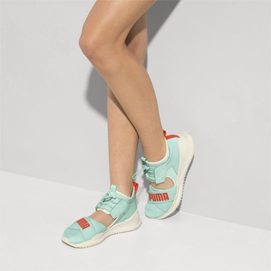8255ad67f7 US $55.98 |2018 New Arrival Puma Women's Fenty Avid Sneakers Bow Creeper  Breathable comfort Sandals Women Shoes Size 35.5 40-in Badminton Shoes from  ...