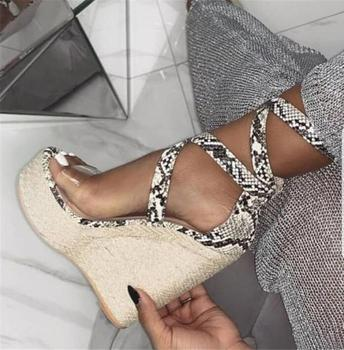 Sexy Snake Print Strappy Wedge Heel Sandals Clear PVC Strap Weave Braid High Platform Wedge Shoes 2019 Summer Leisure Outside
