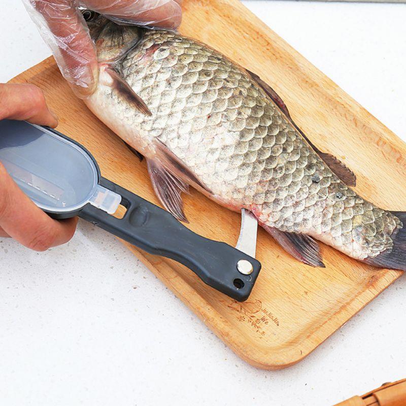 3 En 1 Limpiador De Escamas De Rascador De Pescado Con Tapa Y Cuchillo De Limpieza Rápida Piel De Pescado De Acero Inoxidable Patrones De Moda