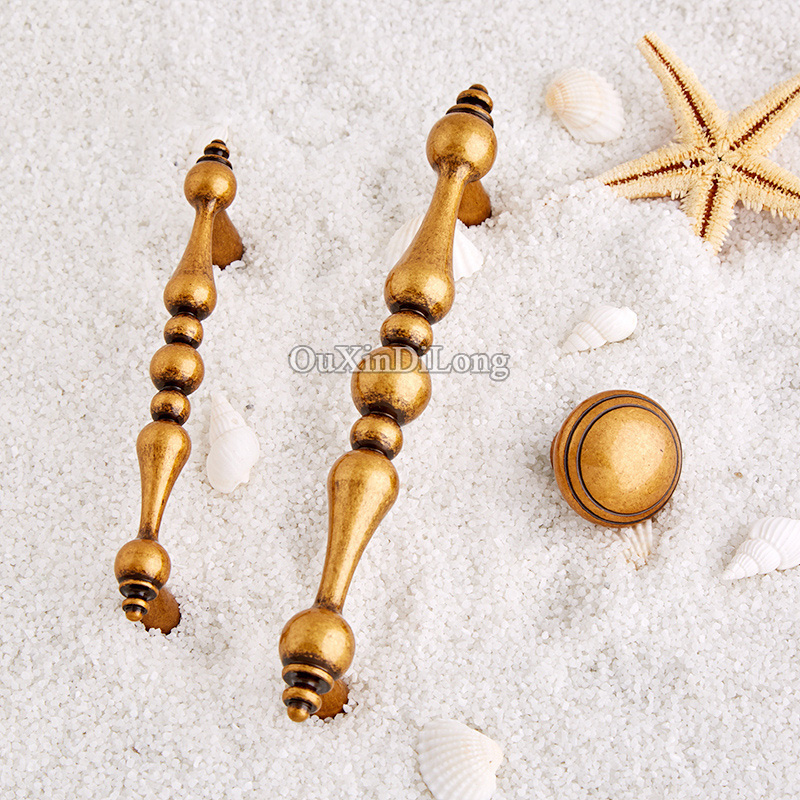 Retro Style 10PCS European Antique Kitchen Door Furniture Handles Brass Cupboard Drawer Wardrobe Cabinet Pulls Handles and Knobs