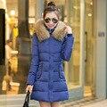 Más el Tamaño M-3XL 2015 Nueva chaqueta de Invierno Prendas de Abrigo Delgado Con Capucha Down Jacket cuello de piel femenina engrosamiento chaqueta Caliente escudo