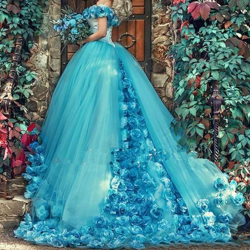 Robe de bal bleue Quinceanera robes à la main fleurs Court Train Tulle bal doux 16 robe sur mesure robe