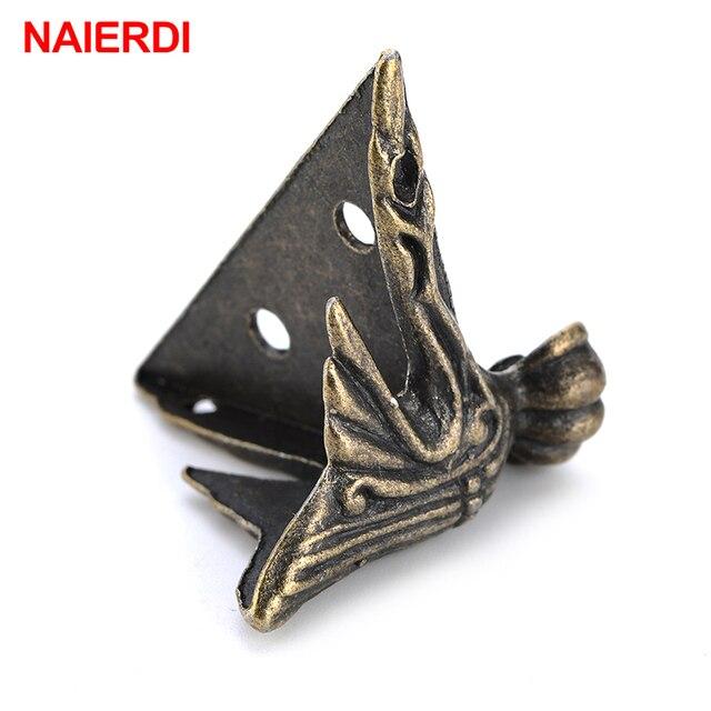 4 Uds NAIERDI 40x30mm caja de madera antigua patas Protector de esquina triángulo rota tallada soporte decorativo para muebles Hardware