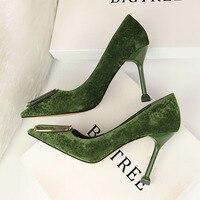 2019 Women 9cm Thin High Heels Fashion Pumps Velvet Pointed Toe Buckle Heels Female Office Work Green Scarpins Prom Dress Shoes