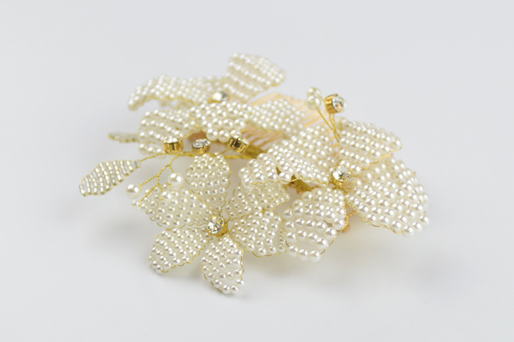 Купить с кэшбэком European handmade pearl Hair Comb Bridal headwear wedding jewelry for hair