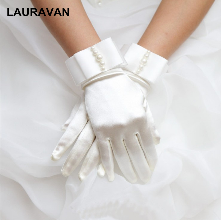New Fashion Stretch Satin Short Pearl Gloves For Women/Evening Party Wrist Gloves Women/Fashion Apparel Accessories For Lady