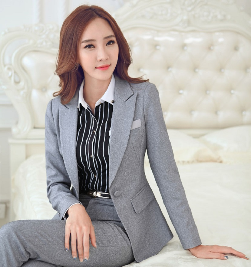 "Interview Attire for Women Wear a Suit – Although women have come a long way in the world of work, skirt suits are still preferred. There is an old saying ""Dress the ."