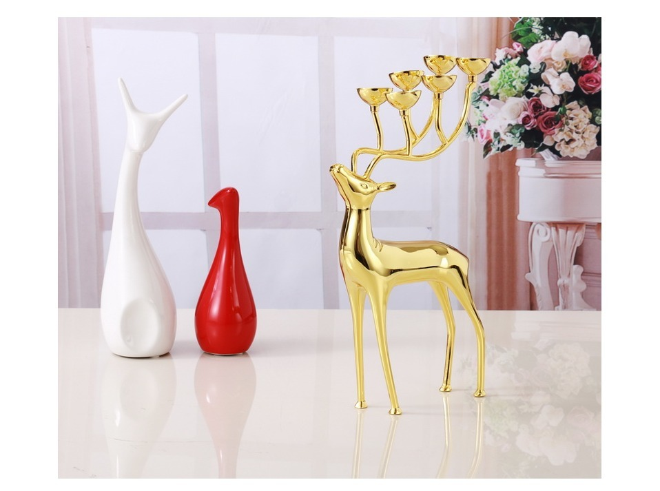 Stainless Steel  Luxurious Deer Candle Holders Home Decoration With Free Candles