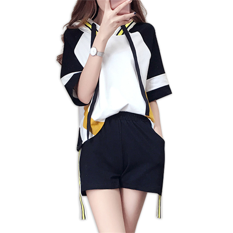 Leisure Streetwear Women's Sets Summer 2018 New Korean Fashion Loose Thin Short-sleeved Tops Mini Shorts Trend Two-piece Female