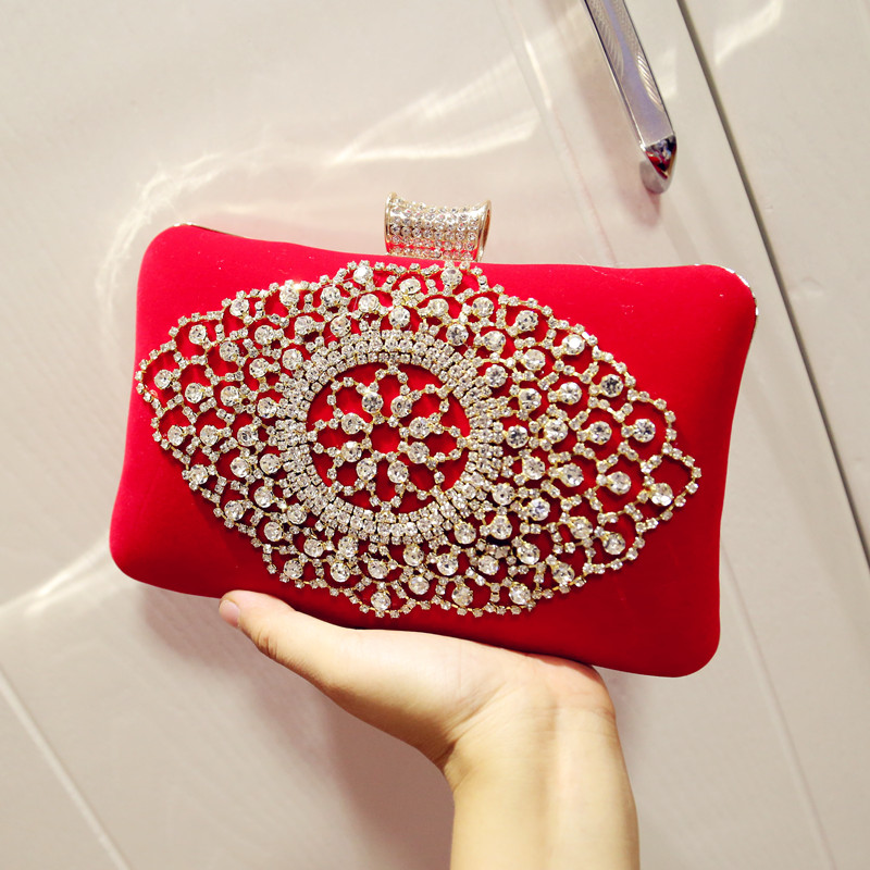 Aliexpress.com   Buy Noble Women Velvet Clutch Purse Rhinestone Evening Bags  Bridal Black Red Diamonds Wedding Party Dinner Bag Chain Shoulder Bag from  ... dbeffd870231