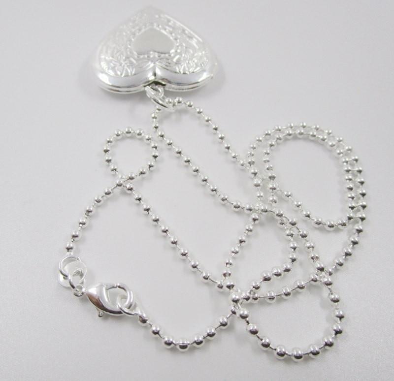 bcfd9ac7218e Delicado placa de plata collar de cadena