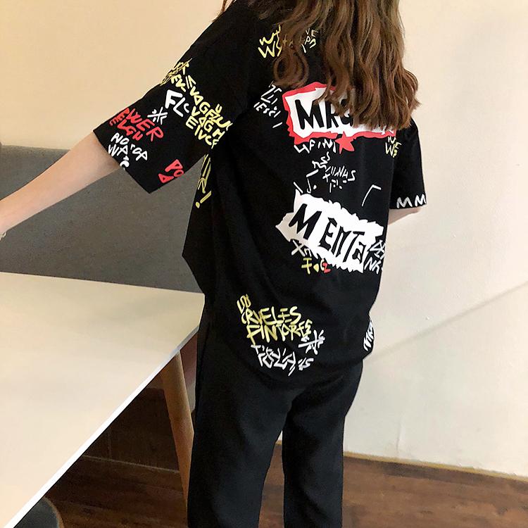 T-shirts Women Graffiti BF European Style Loose Harajuku Hip Hop Streetwear Chic Couple Clothes Unisex Daily Tshirt Womens Soft 105