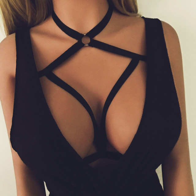 18f2e886d6 2017 Hot Fashion Summer Women Cut Out Bra Bustier Sexy Bralet Strappy Bra  Short Bustier Beach Crop Tops Bandage Halter Bra