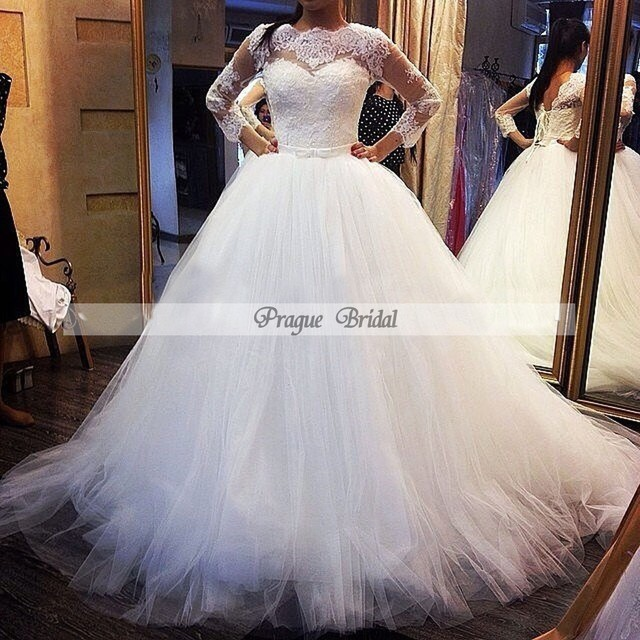 Luxury 2016 New Design Real Custom Made Winter Tulle Ball Gown Wedding Dresses Long Sleeves Brides