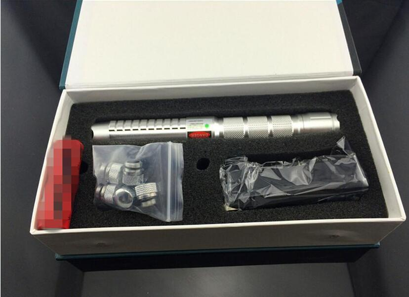 Горячая 50000 м 532nm зеленый звездное лазерная указка мощный фонарик 532nm луч света лазер фокус ожог матчей + 5 Шапки + зарядное устройство ...