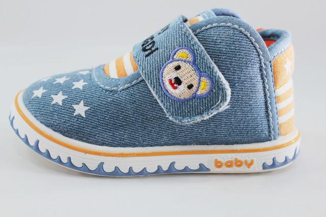 Los niños de los zapatos de bebé mocasines niño del niño respirable wear historieta del bebé mocasines jean denim zapatos et de borracha zapatillas bebes