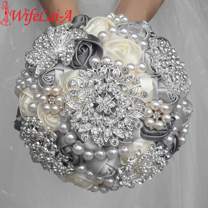 WifeLai-A 1Piece Elegant Custom Ivory Bridal Bröllopbuketter Stunning Pearls Beaded Crystal Brosch Stitch Bröllopbuketter W230
