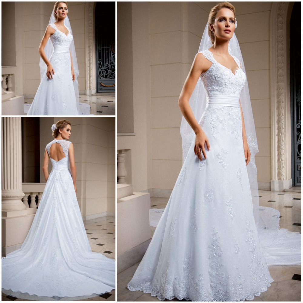 Hot sale classic lace pnina tornai wedding dresses chapel for Where to sale wedding dresses