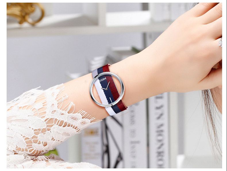 DOM: Reloj de pulsera de lujo para mujer 23