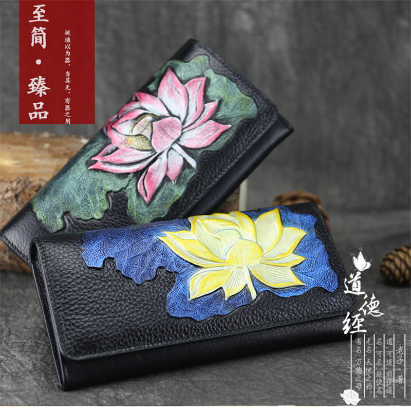2017 New Original Real Shot Summer Retro Leather Hand Holding The Packaging Embossed Woman Cross Section Wallet Two Fold Multi-C