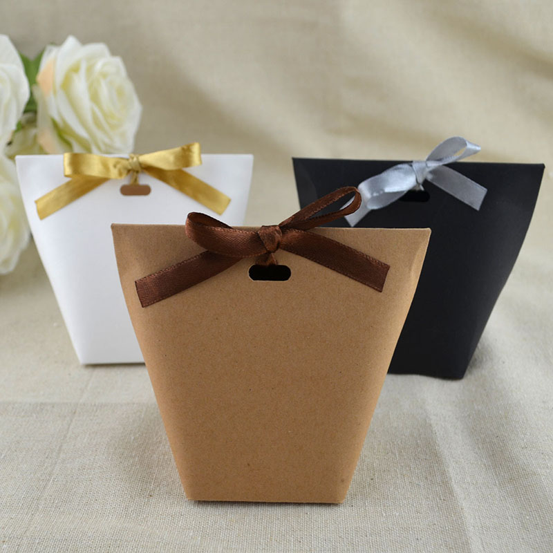 50pcs Blank Kraft Paper Bag White Black Candy Bag Wedding Favors Gift Box Package Birthday Party Decoration Bags With Ribbon