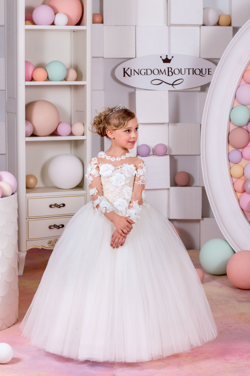 a41114cd61b Long Sleeve Lace Flower Girl Dress For Wedding Tulle Girls Pageant Dresses  Little For Girls Gown
