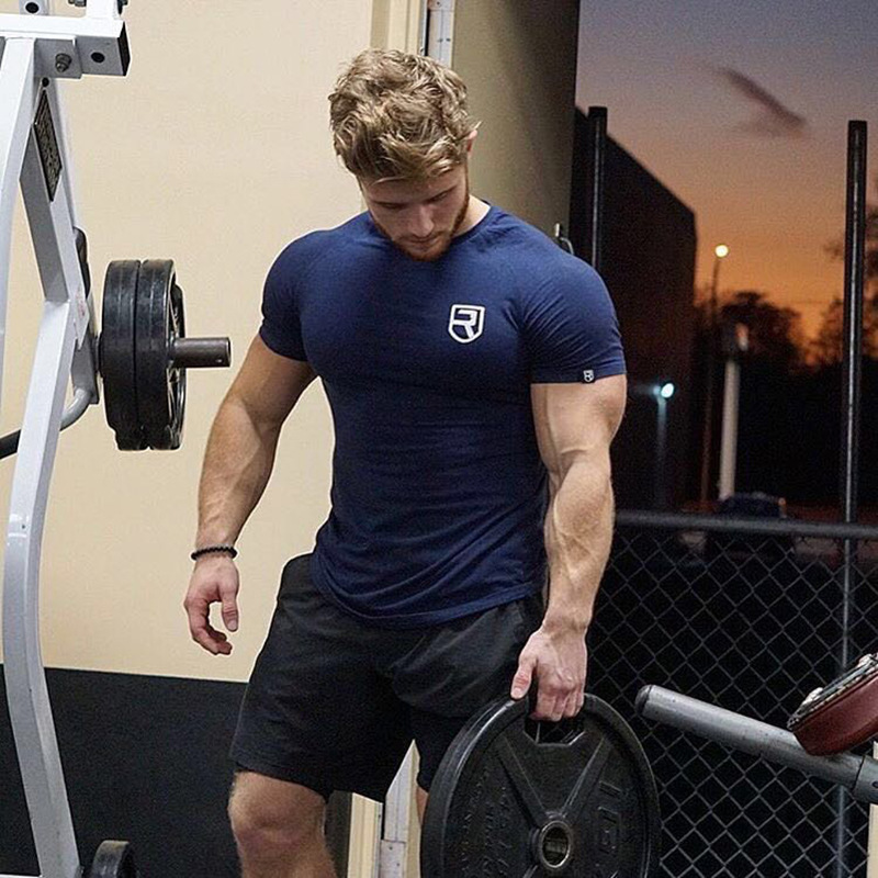2018 new Men summer gyms t shirt Fitness Bodybuilding Crossfit Cotton Short Sleeve workout male fashion Casual Tee Tops clothes
