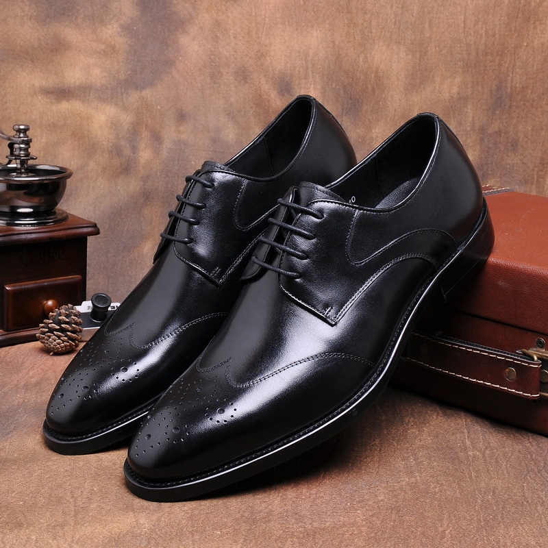 2017 Latest Men's Shoes Genuine Leather Lace Up Brogue Dress Oxfords Wedding Party Shoes Basic Style Point Toe EU37-44 2Colors 2017 men s cow leather shoes patent leather dress office wedding party shoes basic style pointed toe lace up eu38 44 size