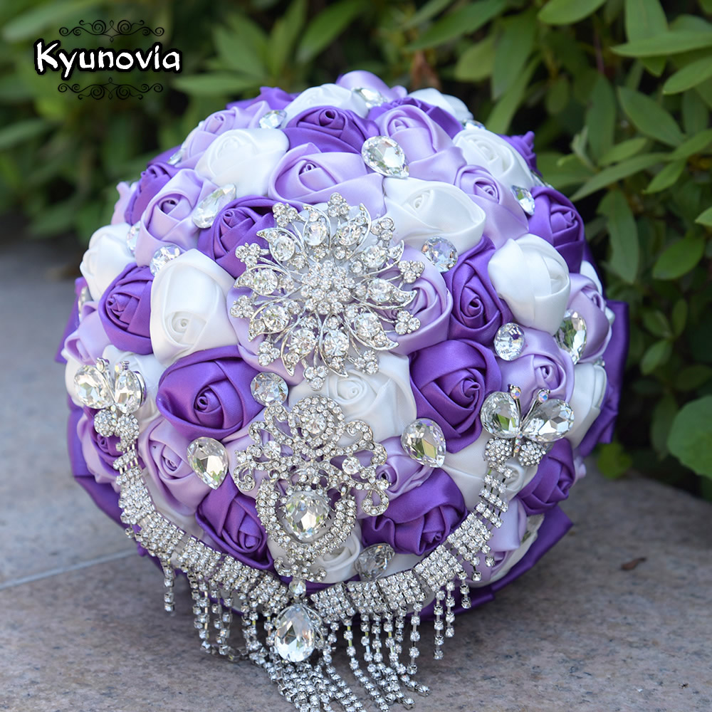 Kyunovia Gorgeous Wedding Bouquets Crystal Butterfly Tassel Handmade Satin Rose Bride Flowers Sparkly Brooch Bridal Bouquet