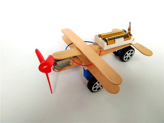 Happyxuan DIY Wind Power Glide Plane Model Kit Wood Kids Physical Science Experiments Toy Set Preschool Educational