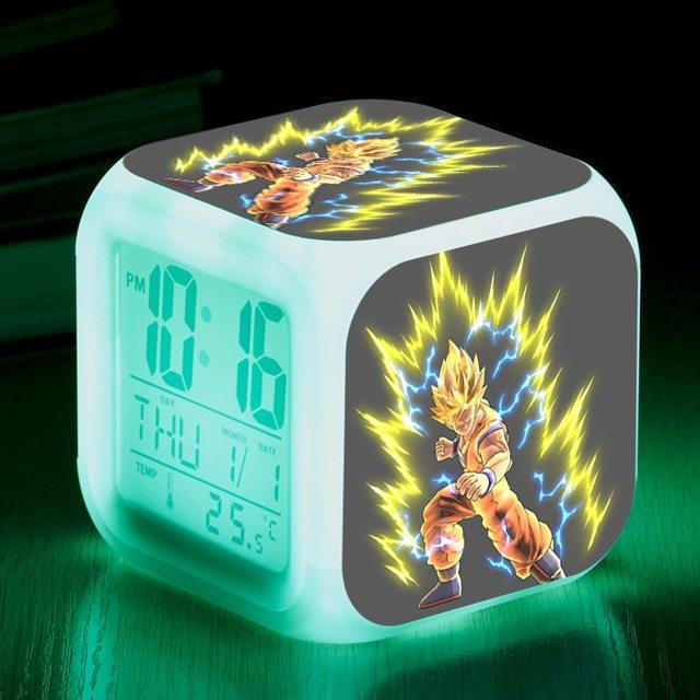 Anime Dos Desenhos Animados Dragon Ball Figuras de Brinquedo Despertador Super Saiyan Figuras de Mudança Da Cor Relógio LED 7 para Meninos Das Meninas