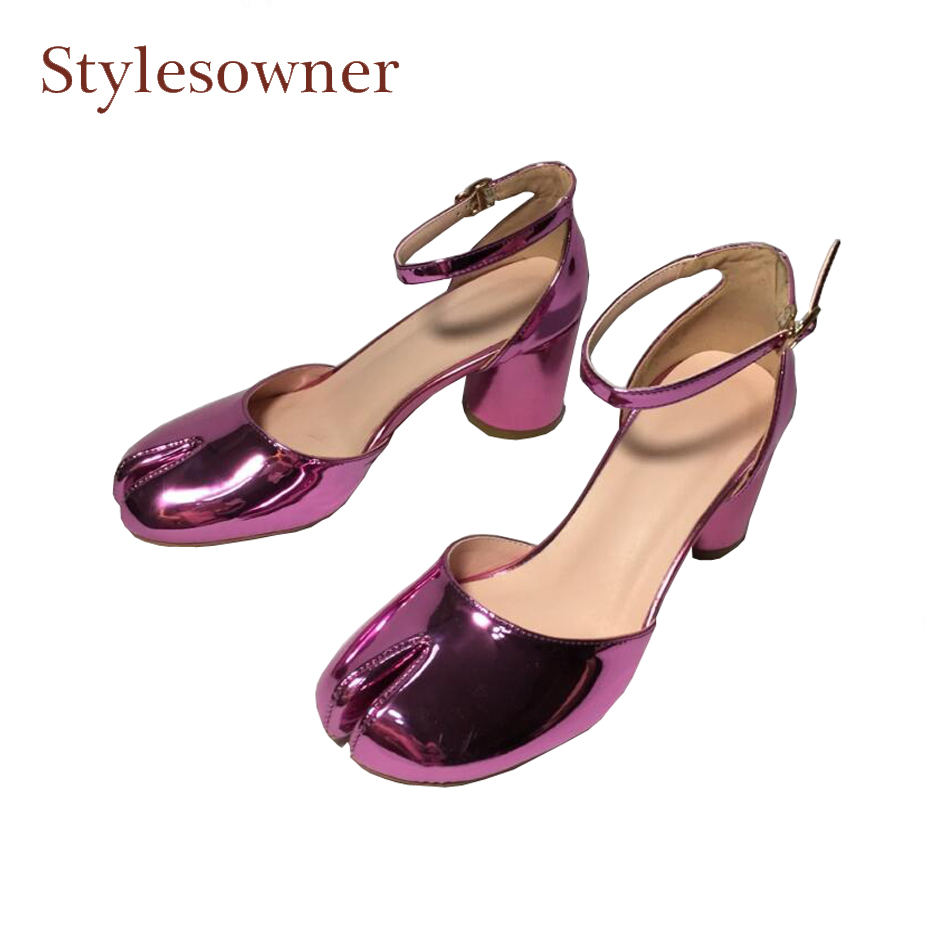 купить Stylesowner novelty design split toe high heel shoes women spring summer two piece hollow ankle strap chunky heel fashion shoes по цене 4154.65 рублей