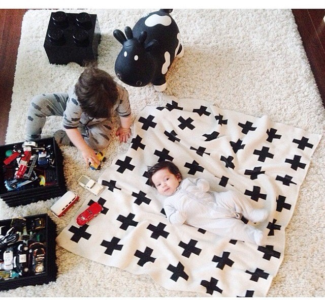 Cheap Price Baby Blanket Black White Cute Rabbit Swan Cross Knitted Plaid For Bed Sofa Cobertores Mantas Bedspread Bath Towels Play Mat Gift Excellent In Quality