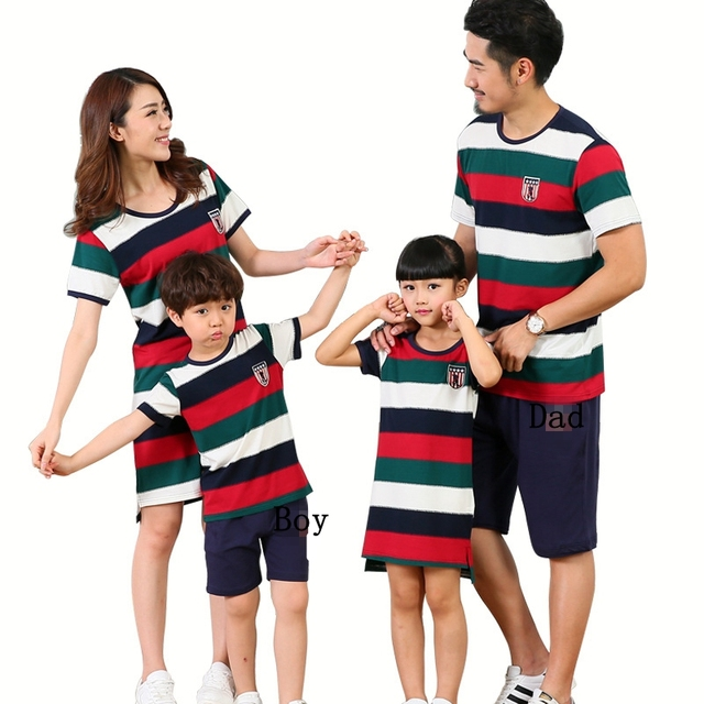 a1d2d7ced5 US $15.43 |Family Matching Outfits Mother and Daughter Summer Family Look  Matching Clothes Mother Boy Father Girl T shirt +Pants Dress-in Matching ...