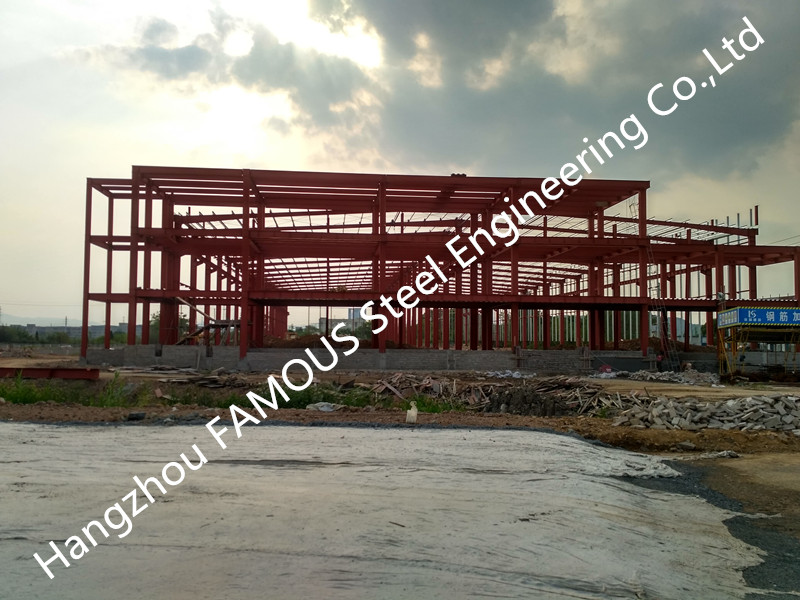 Modern Multifunctional Easy To Expand  Industrial Steel Buildings Turnkey Project For Commercial Use