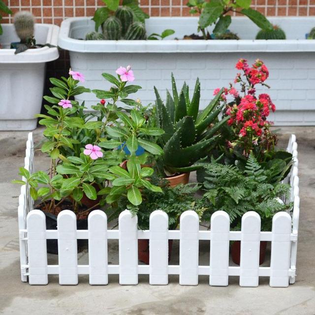 50X13cm Plastic DIY Lawn Garden Fence Christmas Fence Beautiful Miniature Fence Fairy Garden Micro Dollhouse Garden Decor Tools
