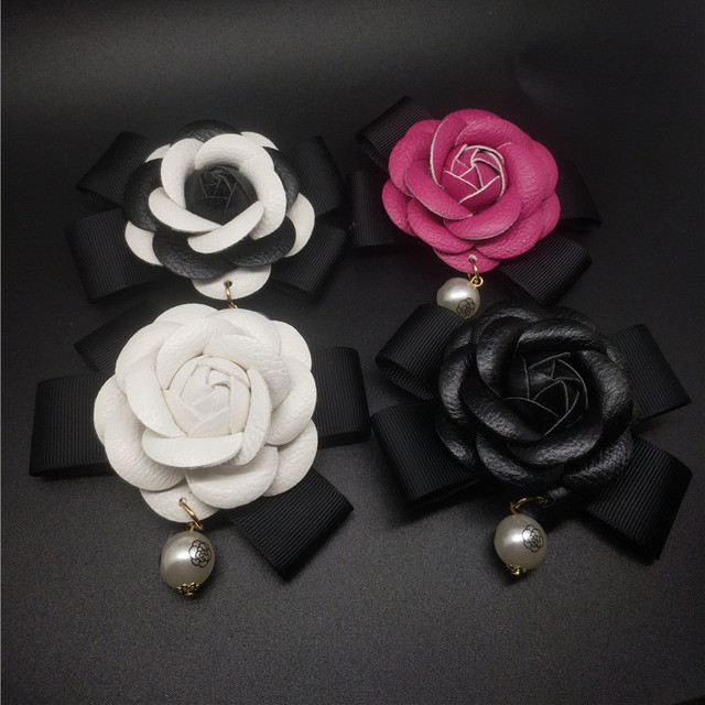 Charm Classic White Rose Black Pin Brooch PU Leather Camellia Flower Women Pin B
