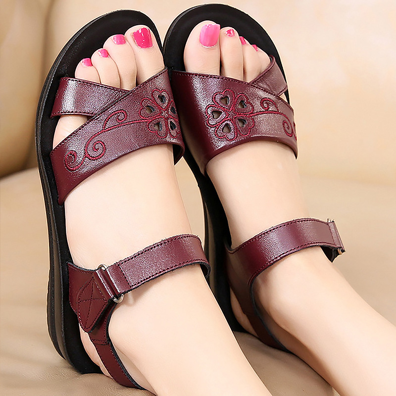 Breather women summer sandals big size 35-41 2018 new arrival platform sandals PU wedges shoes woman tenis feminino new arrival star same paragraph woman slippers summer plus size comfortable attractive sapatos hot sales soft tenis feminino