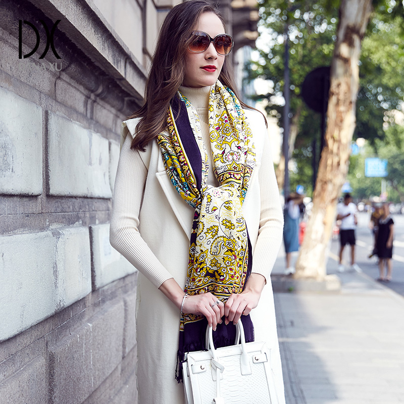 100% laine carré tête foulards femmes élégant dame Carf et chaud châle Long Animal imprimer étoles Bandana écharpe Hijab plage couverture - 4