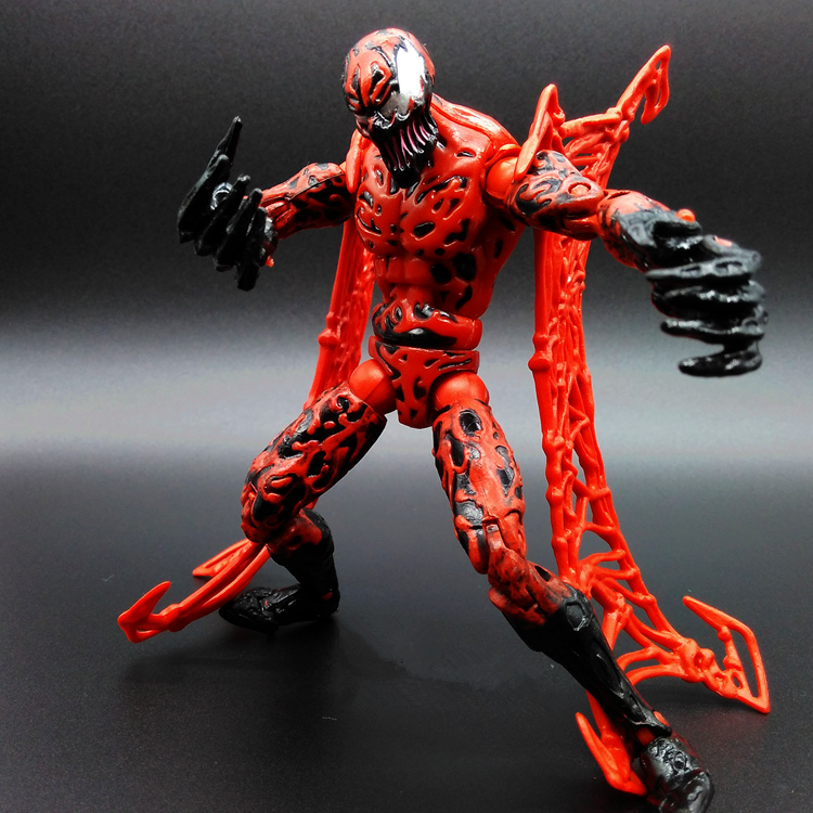 SAINTGI Scarlet Spider Man Red Venom Clone Amazing Marvel PVC Action Figure Collectible Avengers Movable Joint Body Venom 15cm