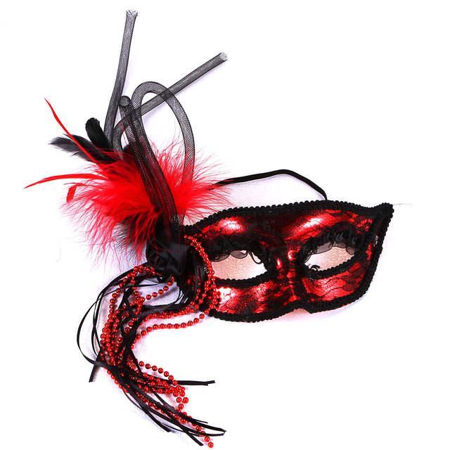 47e157060a US $41.99  16 pcs regina del carnevale della piuma maschera di addio al  nubilato di compleanno della signora gallina sposa di essere di nuovo anno  di ...